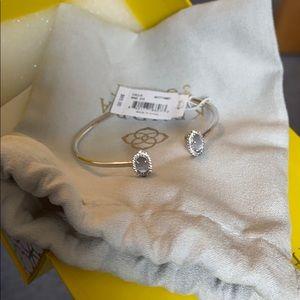 Brand new Kendra Scott bracelet!!